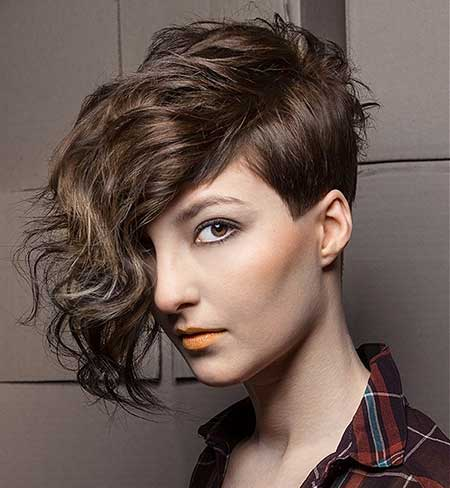 Cool Short Cuts for Curly Hair