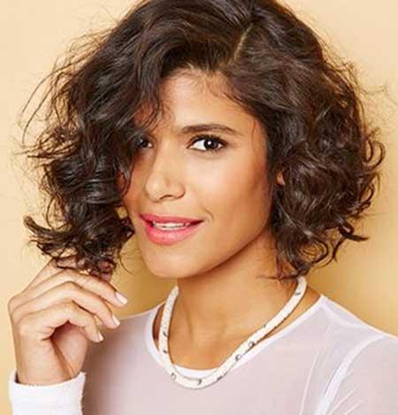 Asymmetrical Short Cuts for Curly Hair
