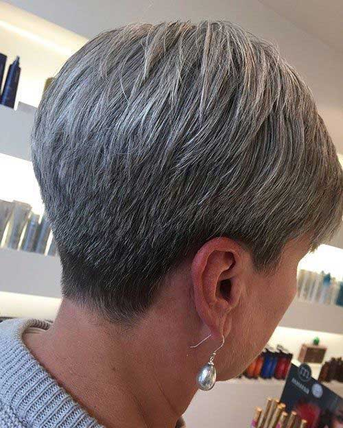 2019 Short Hairstyles for Women Over 50-20