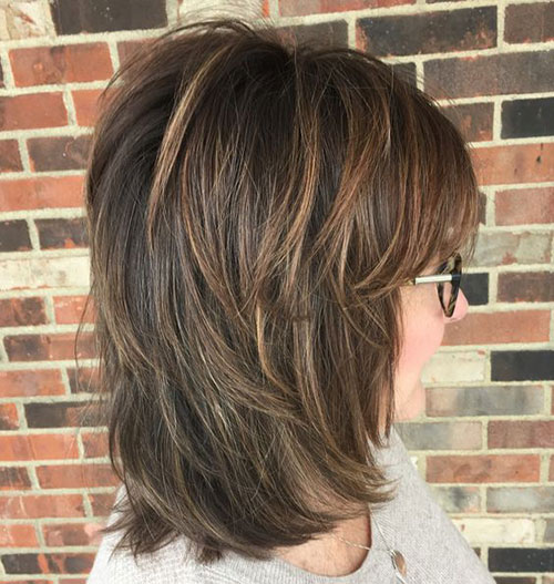 Shoulder Length Short Layered Hair-17