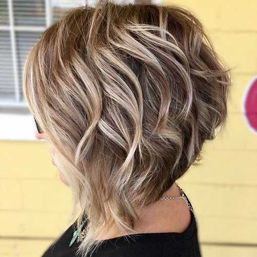 Shoulder Length Short Layered Hair-24