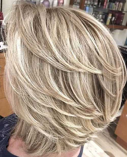 Blonde Shoulder Length Short Layered Hair-9