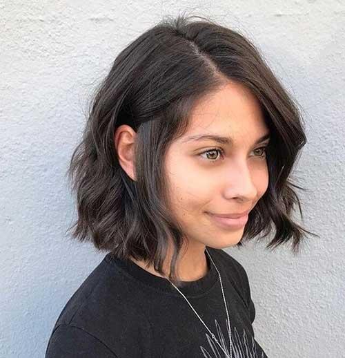 Cute Wavy Short Haircuts-13