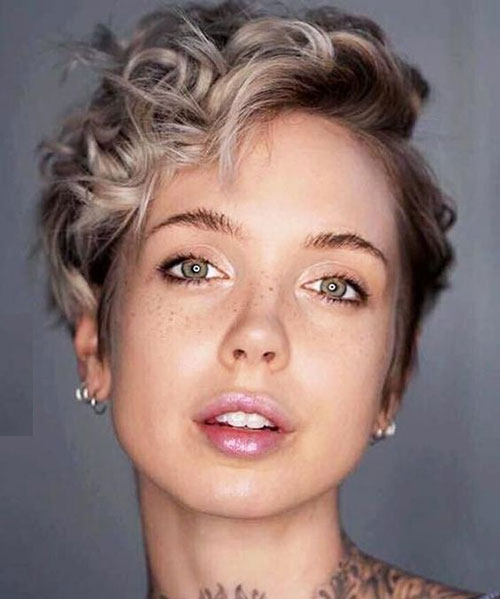 School Wavy Hairstyles for Short Hair-9