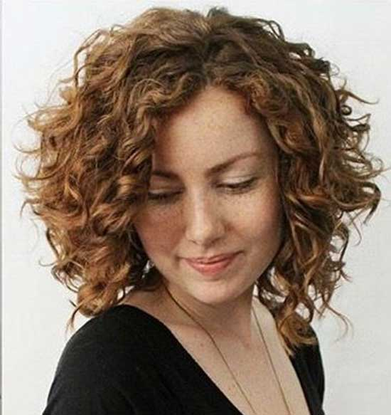 Short Layered Haircuts for Frizzy Hair-10