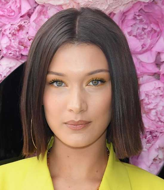Bella Hadid Straight Short Hairstyles-12
