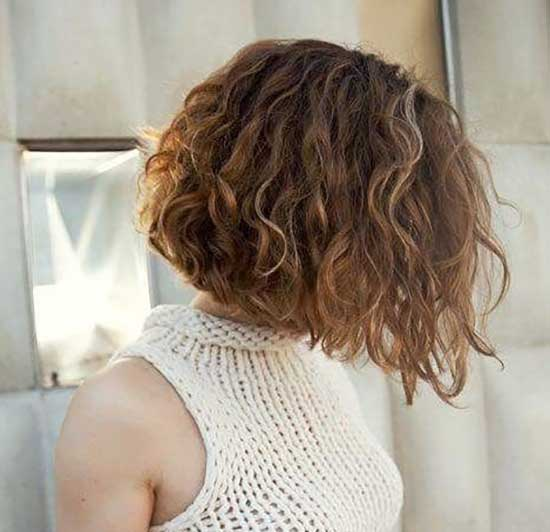 Short Inverted Bob Haircuts for Frizzy Hair-12
