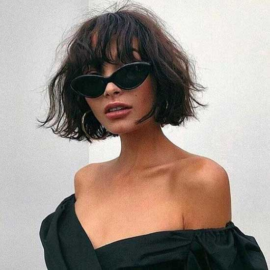 French Bob Haircuts for Wavy Hair-13