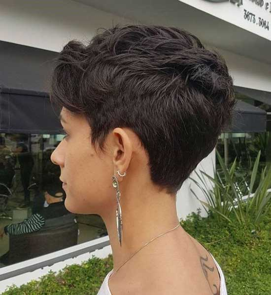 Simple Pixie Haircut-16