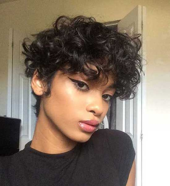 Short Haircuts for Frizzy Hair-17