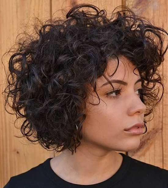 Dark Brown Short Haircuts for Frizzy Hair-7