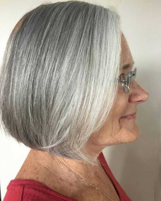 Short Straight Haircuts for Women Over 60-8