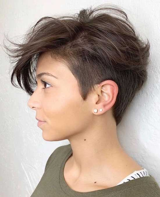 Pixie Haircuts for Women with Thin Hair-18