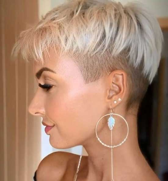 Short Nape Haircuts for Women with Thin Hair-20