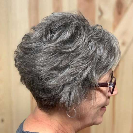 Short Haircut Styles for Women Over 50-25
