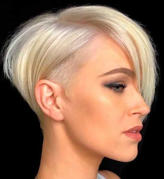 Short Haircuts for Women with Thin Hair-28