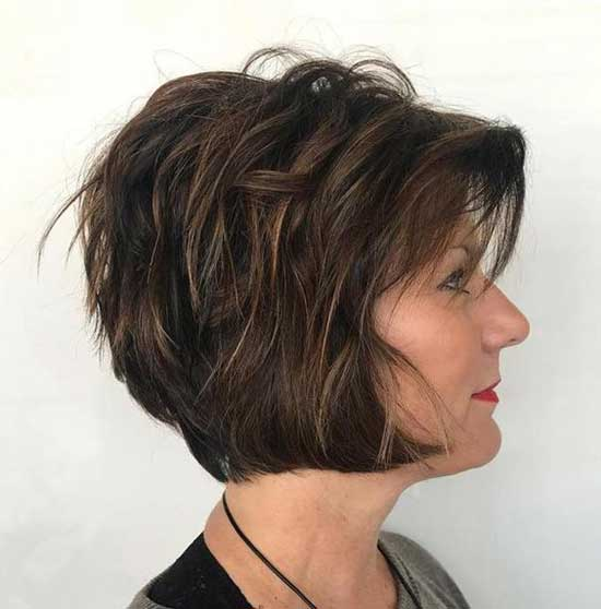 Short Haircut Styles for Women Over 50-32