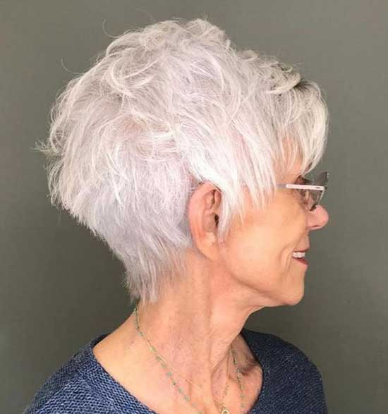 Short Haircut Styles for Women Over 50-33