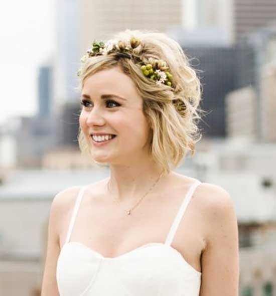 Blonde Bob Bridal Hairstyles for Short Hair-10