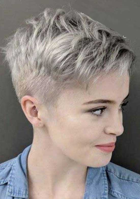 Ashy Grey Super Short Female Haircuts-15