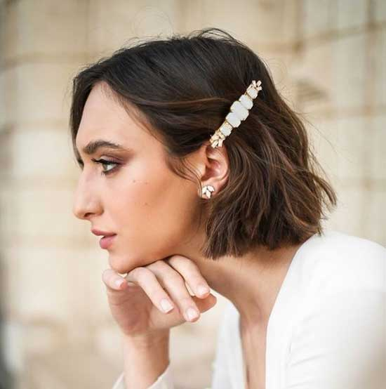Simple Bridal Hairstyles for Short Hair-20