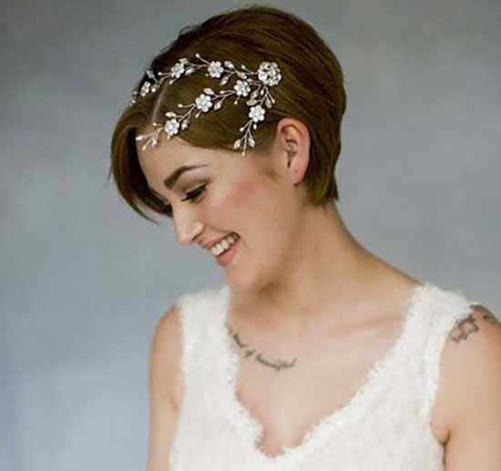 Bridal Hairstyles for Short Hair-25