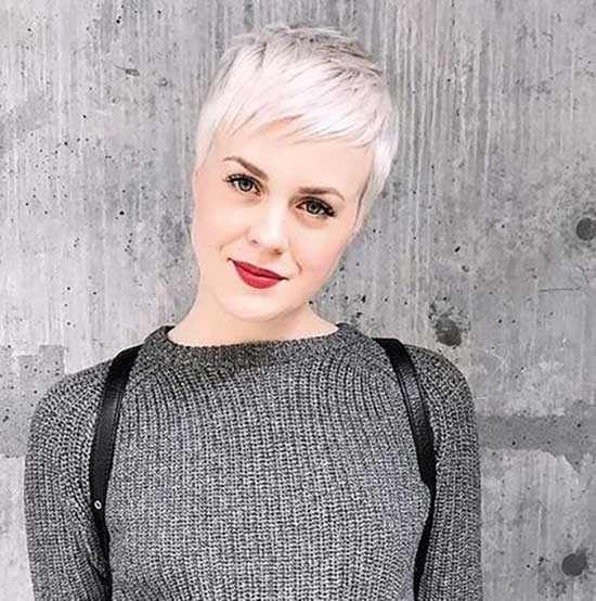 Super Short Female Haircuts-32