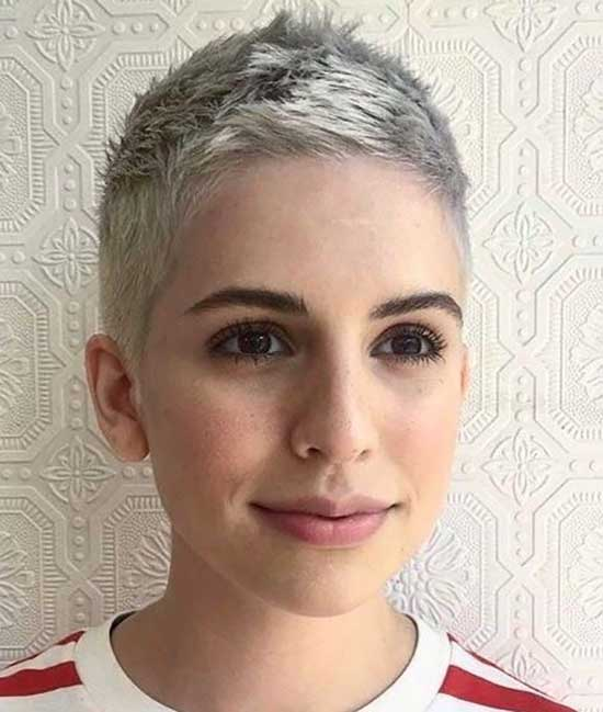 Super Short Female Haircuts-42