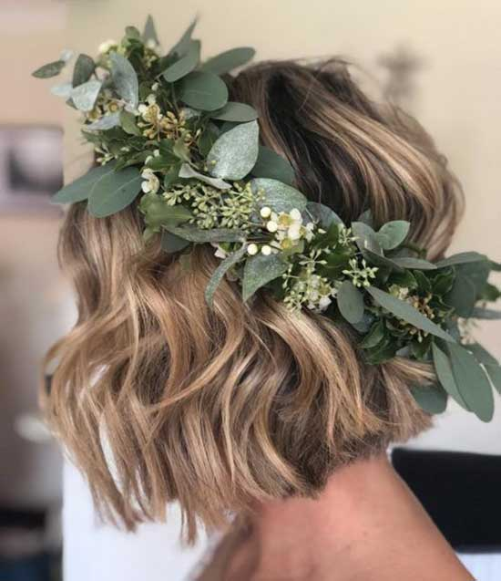 Floral Crown Bridal Hairstyles for Short Hair-9