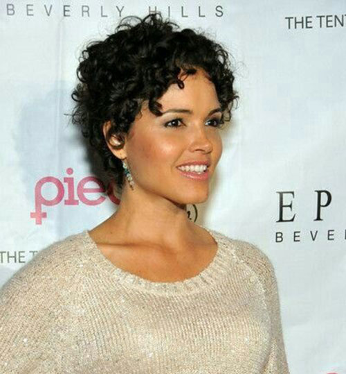 Pixie Haircuts for Naturally Curly Hair-13