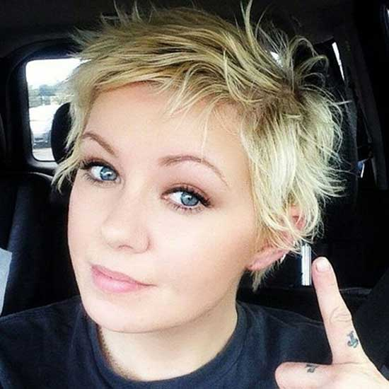 Straight Edgy Pixie Cuts-16