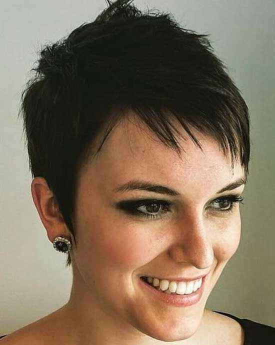 Straight Spiky Pixie Cuts-7