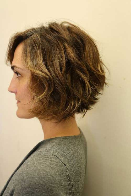 Hairstyles for Short Wavy Hair